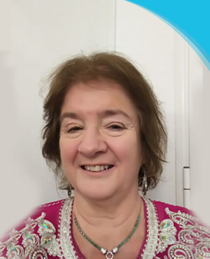 Mentor Carole Willians | Canadian Hard Of Hearing Association - Woman smiling